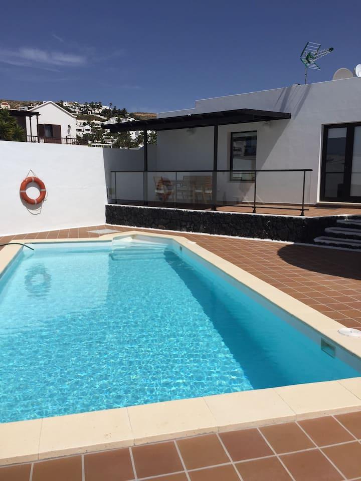 Casa con piscina Lanzarote nazaret