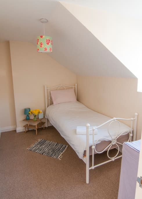 Private single Bedroom.