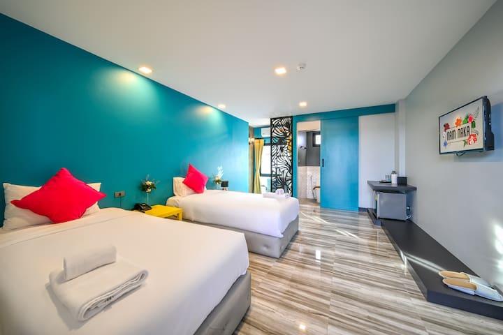 Twin Beds room