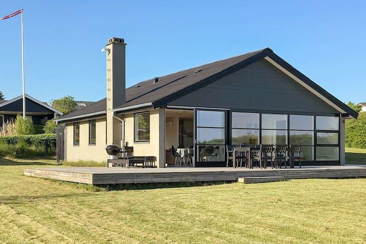 Casa de vacaciones moderna en Faaborg con terraza