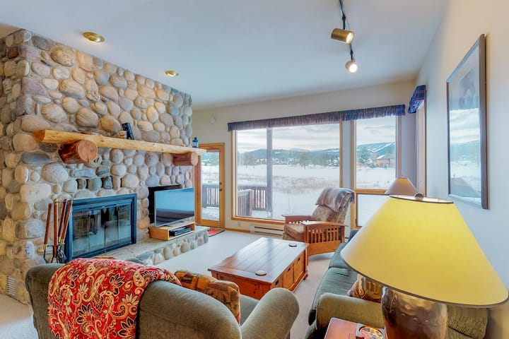 Dog-friendly condo with shared hot tub and swimming pool!