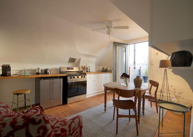 Studio Apartment in Little Italy