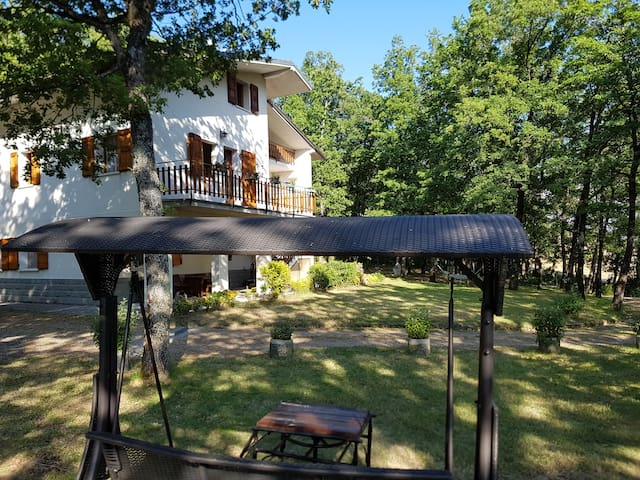 Villa LE QUERCE a Gaggio Montano