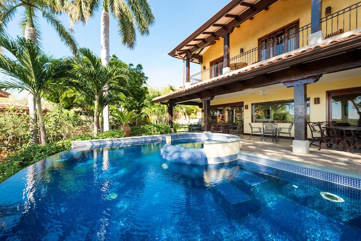 Beautiful Ocean View 5 Bedroom Villa at Reserva Conchal