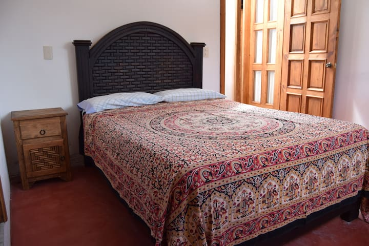 DOUBLE BED - PRIVATE 06