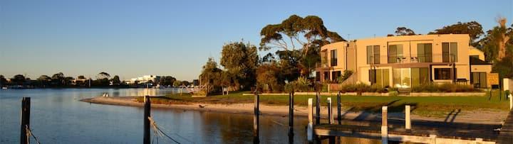 Waterfront Luxury- Clara Cove Unit 2, Sleeps 6