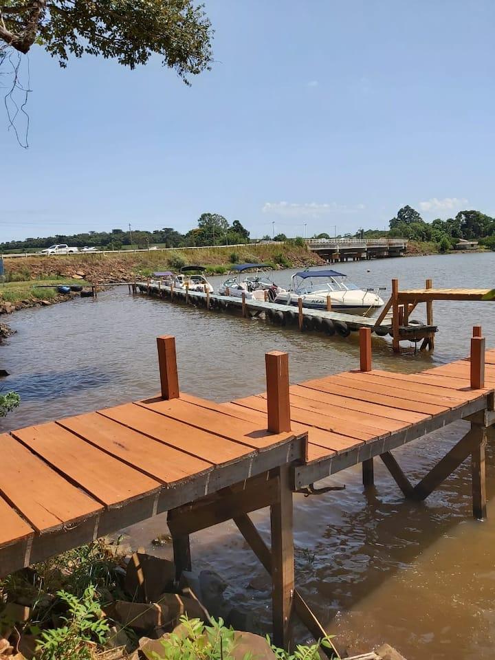 Apartamento Barragem de Ernestina frente para água