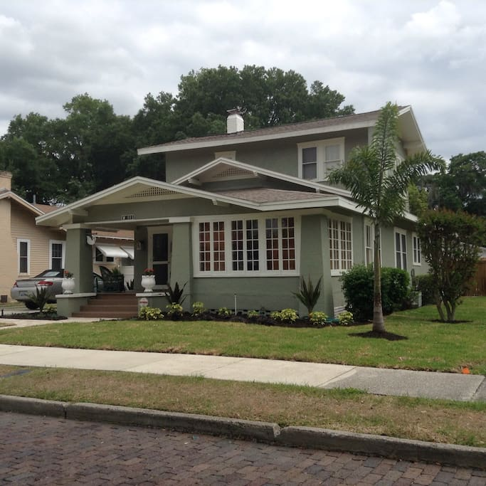 Craftsman Style Bungalow In Historic District Houses For Rent In Lakeland Florida United States