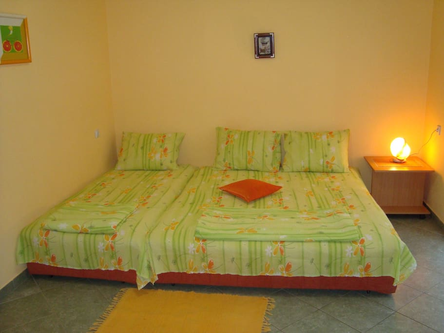 1 Single and 1 Double Bed