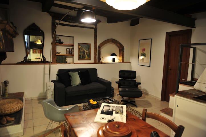 Casa Messi at Vicolo della Rivolta 25, apt. 5