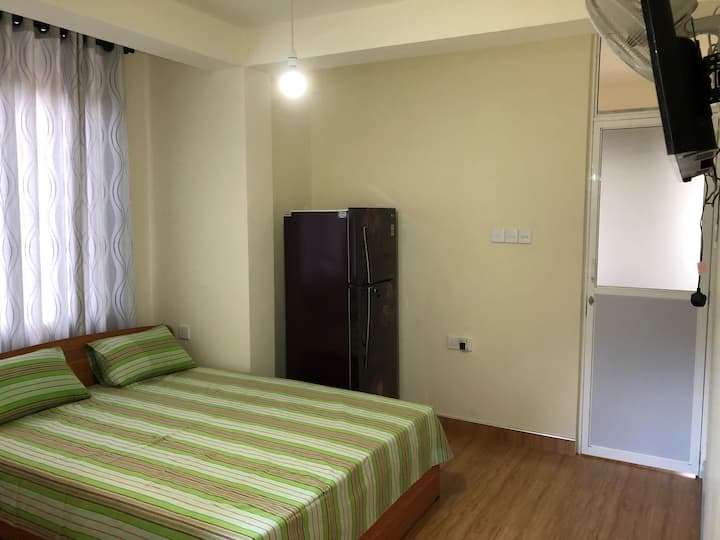 Fully separated private studio unit with kitchen