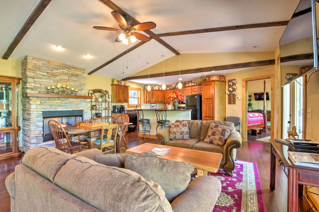 Embellished with wood accents, the beautiful interior of this home offers a homey feel to keep your mind at ease.