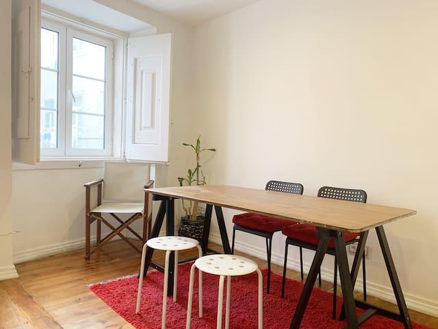 Cozy flat in Bairro Alto