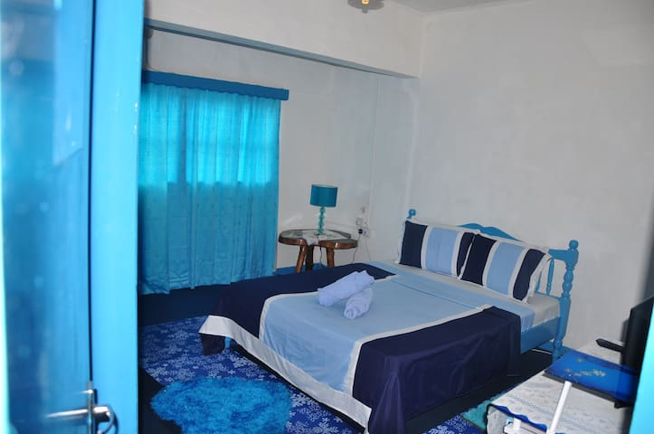 Bedroom - Le Chateau Bleu