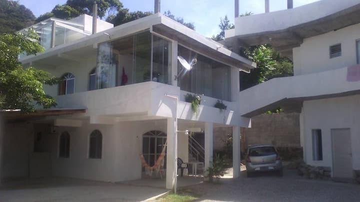 Hostel na Praia da Solidão, Floripa