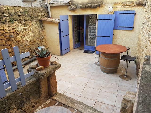 Maison de village au cœur de Pelissanne
