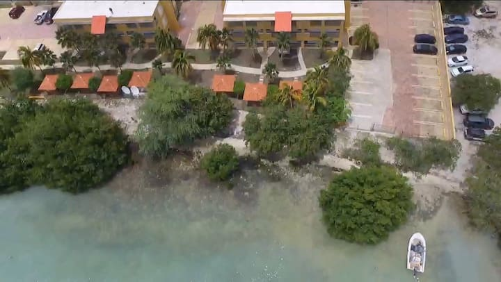 Water Front Beach Paradise - Playas del Caribe