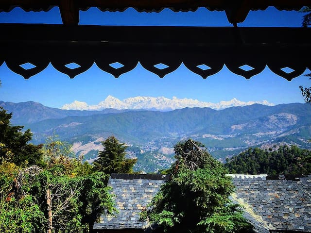 Raga-a blissful mountain retreat,Majkhali,Ranikhet