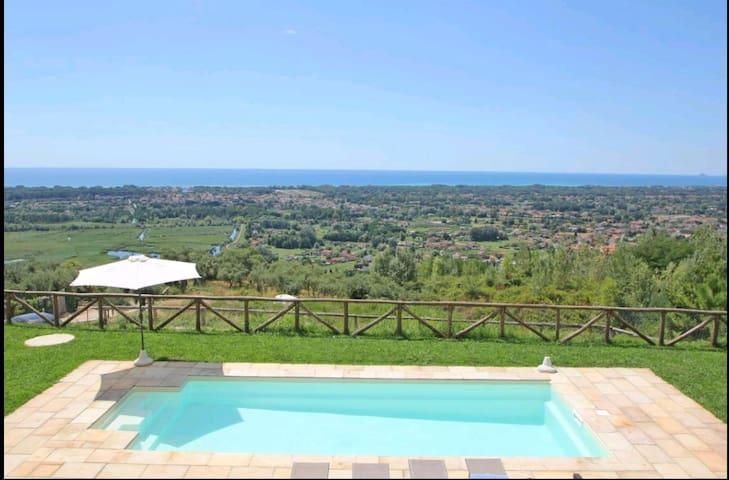 Villa tra Forte dei Marmi e Pietrasanta pool&airco