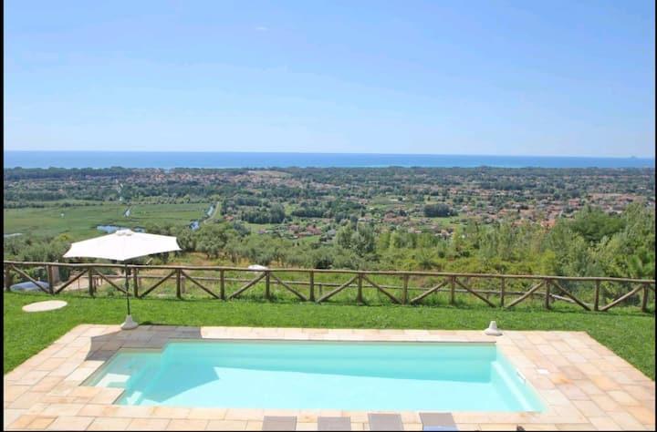 Villa esclusiva pool, airco, f.marmi  Pietrasanta