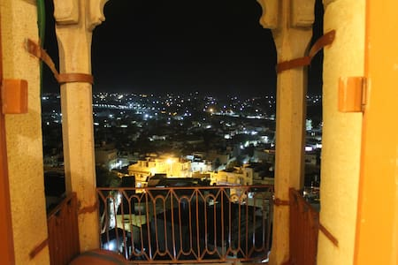 The City View Room in Jaisalmer Fort! - Jaisalmer - Chambres d'hôtes