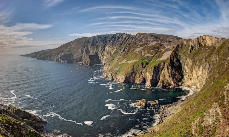 Teach Condy's : 2km to Sliabh Liag Teelin F94 D594