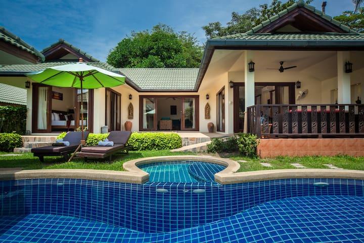 Coreander 3 BR Idyllic  pool and beach  villa