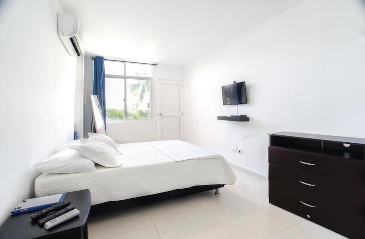Mahalo House - Room 104