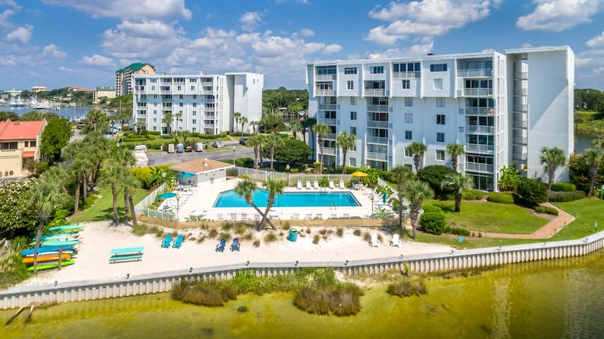 205A is a 2 BR on the Harbor with short walk to the beach and use of Beach Caddy