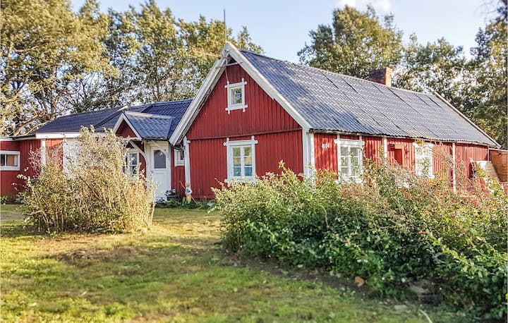 Stunning home in Sölvesborg with 3 Bedrooms