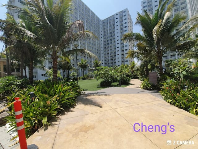 1 br fully-furnished  w/ balcony, moa view @ Shore
