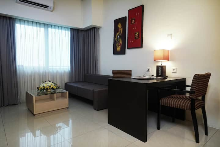 80 mSquare SOLO PARAGON HOTEL SUITE 2 BEDROOM