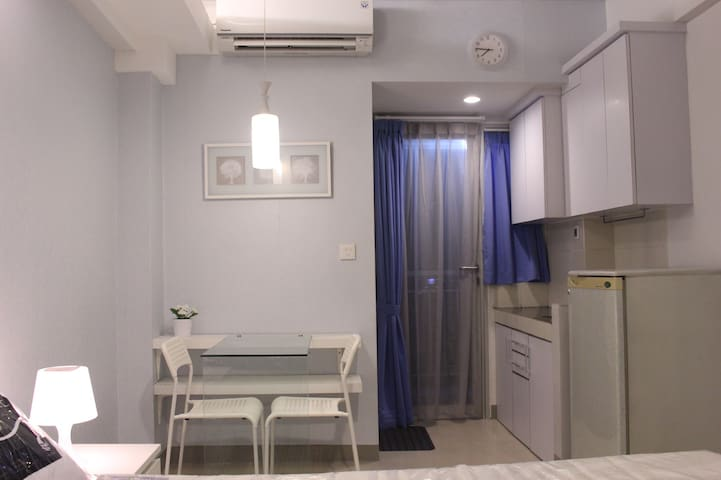 A Stylish Studio Apartment at Bintaro Parkview