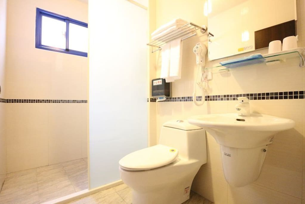 2樓衛浴乾濕分離