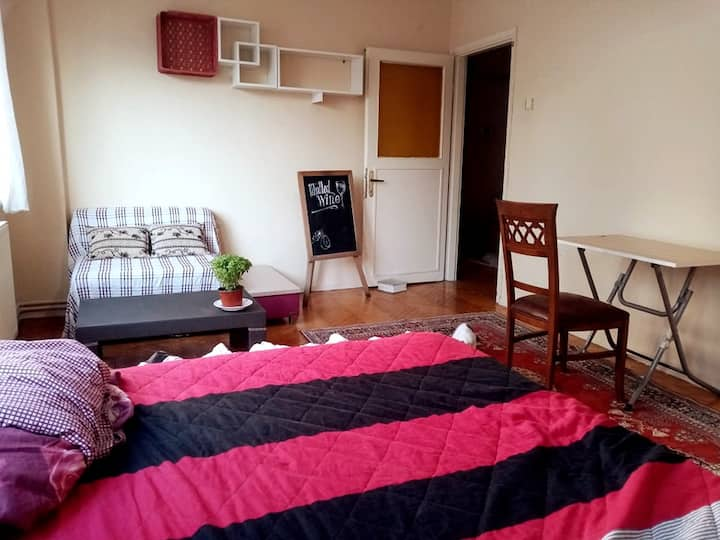 Very large room in central location @Taksim