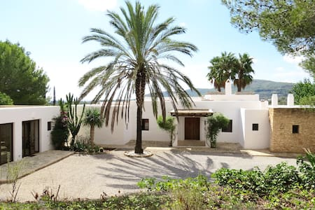 Brand new countryside villa close to the beaches - Santa Eulalia del Río