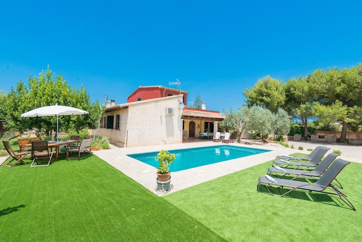CORTIJO - Villa with private pool in Lloseta. Free WiFi
