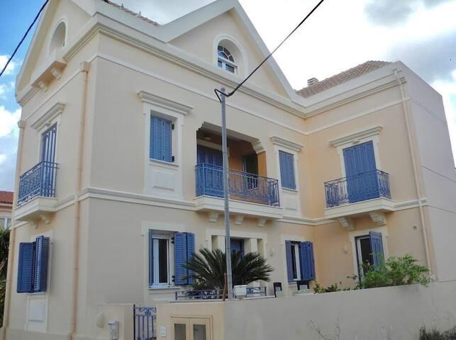 Villa Chrisevgeni Argostoli central &100m from sea - Argostoli - Casa