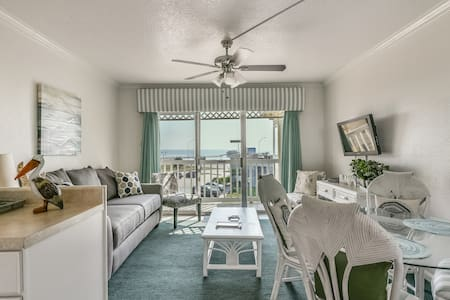 Newly Remodeled Beachfront Condo