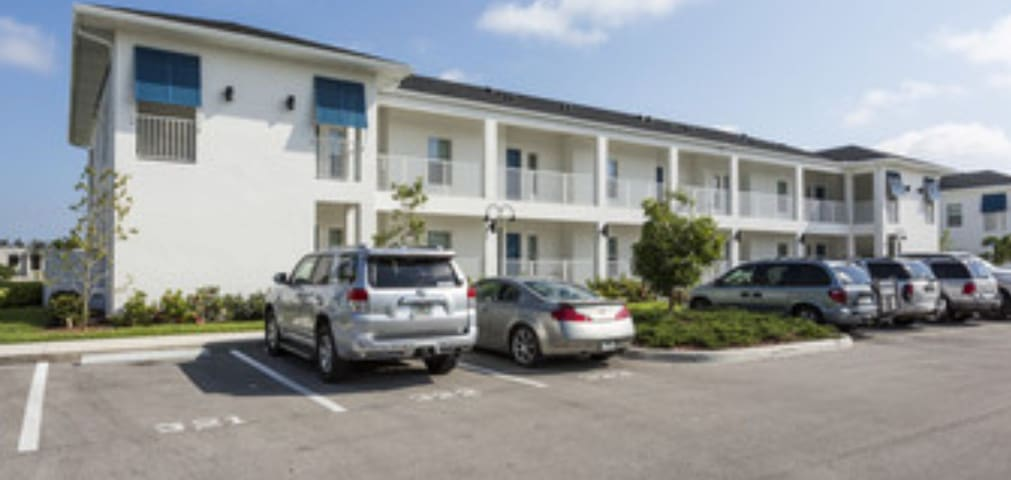 Downtown Punta Gorda ~New condo