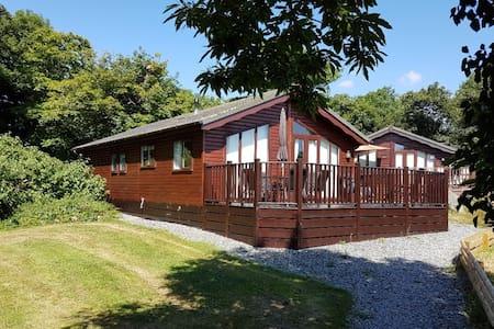 Wood Holiday lodge/cabin in Polperro Looe Cornwall