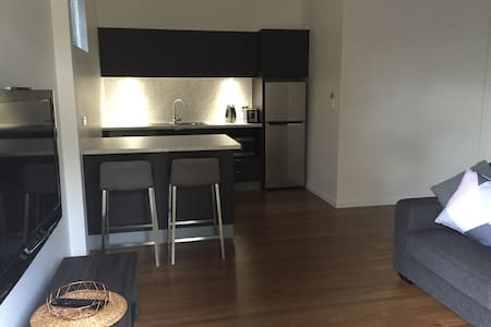 Separate flat to house ..... - Mysterton - 小屋