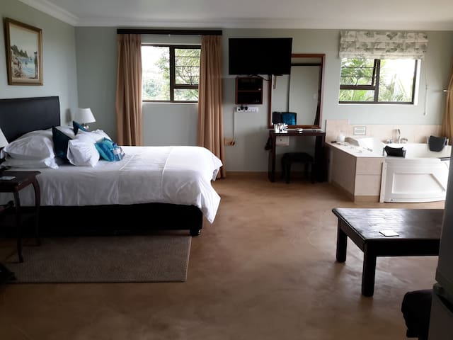 Harmony Haven Couples Retreat Getaway Suite - Kingsburgh - 公寓