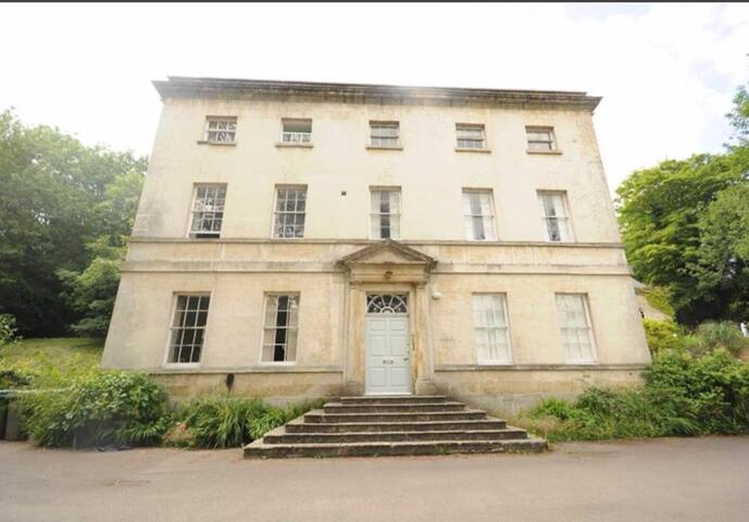 A self contained flat in a Grade II listed House
