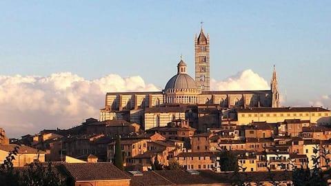 Eropuit in Siena vanuit Simo&Frank