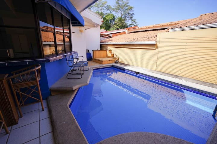 Club Punta Leona house with private pool - Jacó - House