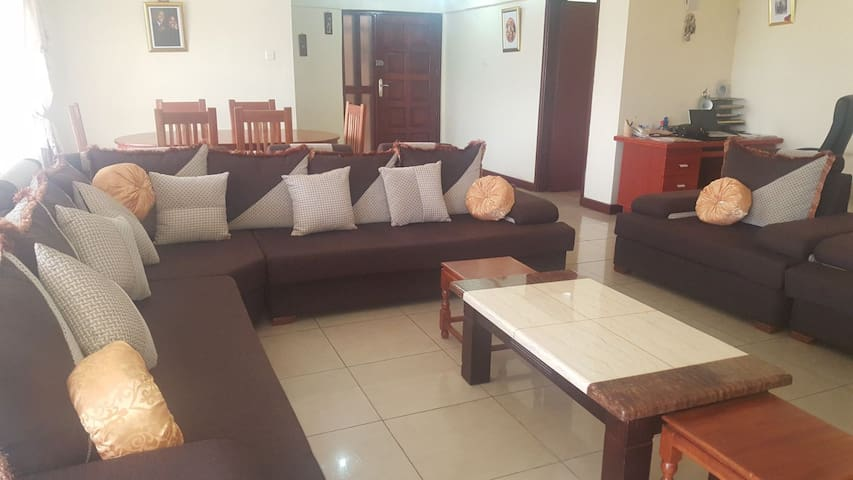 Lovely fully furnished 2 b/m apartment -westlands