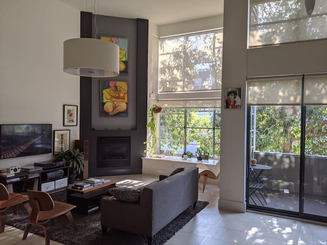 San Francisco quiet and sunny loft