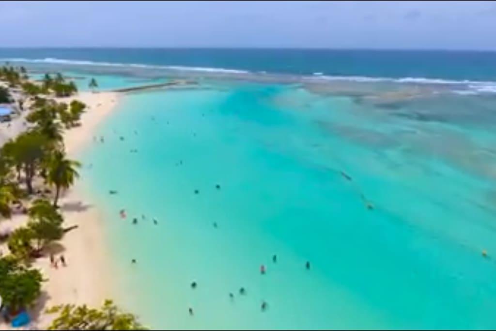 La merveilleuse plage de Sainte-Anne!