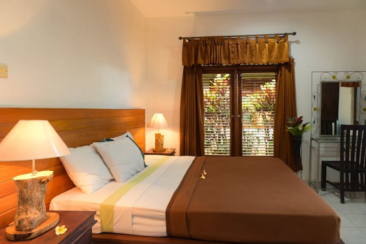 Standard Double Bed Room @Ina Inn Ubud